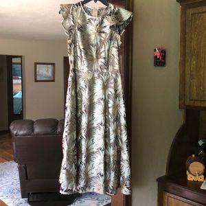 Antonio Melani Gold Dress size 0 tea
